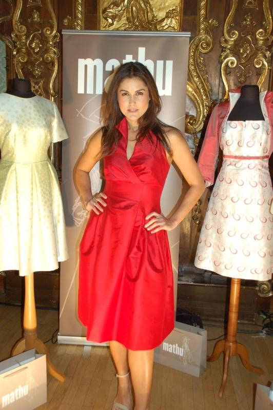 Hochzeitsmode Für Die Gäste Mathu Modedesign Modewerkstatt